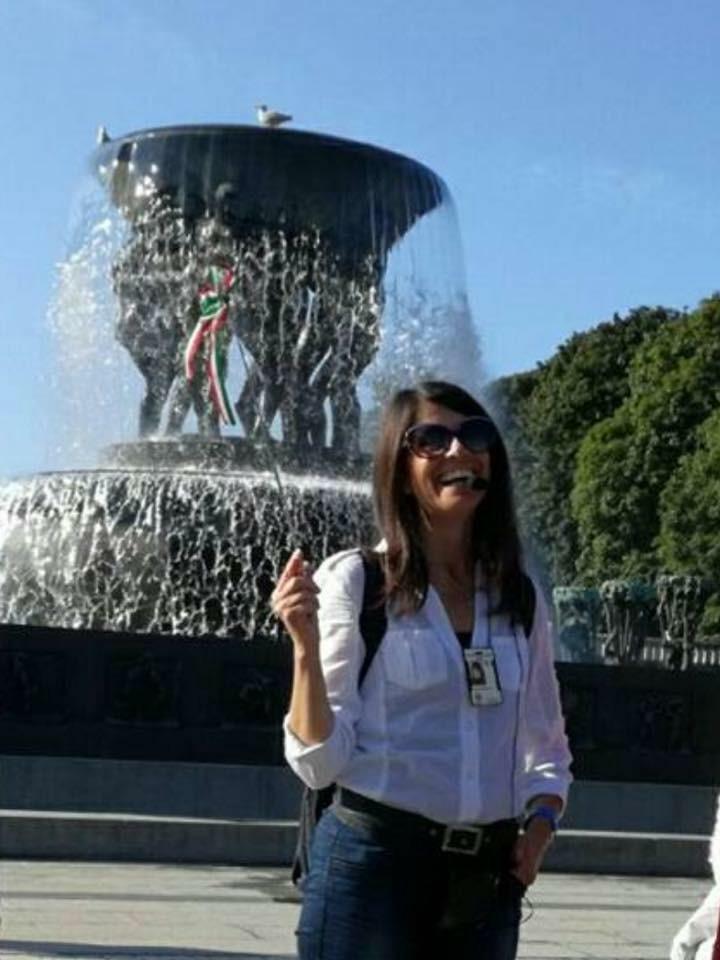 Enrica som guide i Vigelandsparken